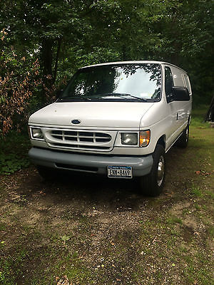 Ford : E-Series Van E-250 1998 ford econoline e 250 v 6 low miles