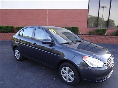 Hyundai : Accent 4dr Sedan Automatic GLS *Ltd Avail* Hyundai Accent 4dr Sedan Automatic GLS *Ltd Avail* Low Miles Automatic Gasoline