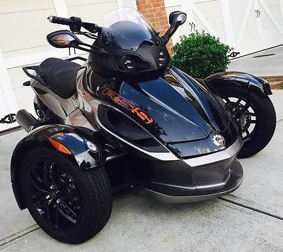 can am spyder rss se5 motorcycles for sale. Black Bedroom Furniture Sets. Home Design Ideas