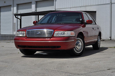 Ford : Crown Victoria P71 Police SAP 64 k police interceptor p 71 street appearance unit fire deparment use