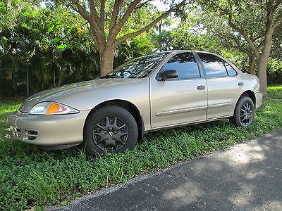 Chevrolet : Cavalier Base Sedan 4-Door 2002 chevrolet cavalier base 4 door one owner since new