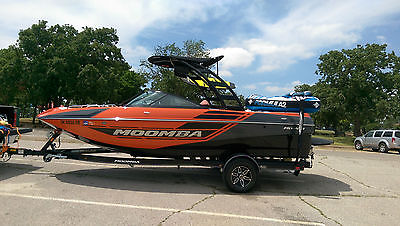 2015 Moomba Mondo loaded W/Flow Surf, Raptor 400, Warranty, all gear