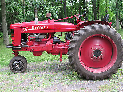 Farmall MTA Pulling Tractor (Tribute Tractor, 365 Cubic In.)