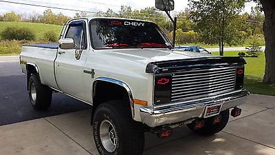 Chevrolet : C/K Pickup 1500 CUSTOM DELUXE CHEVY K10 4X4