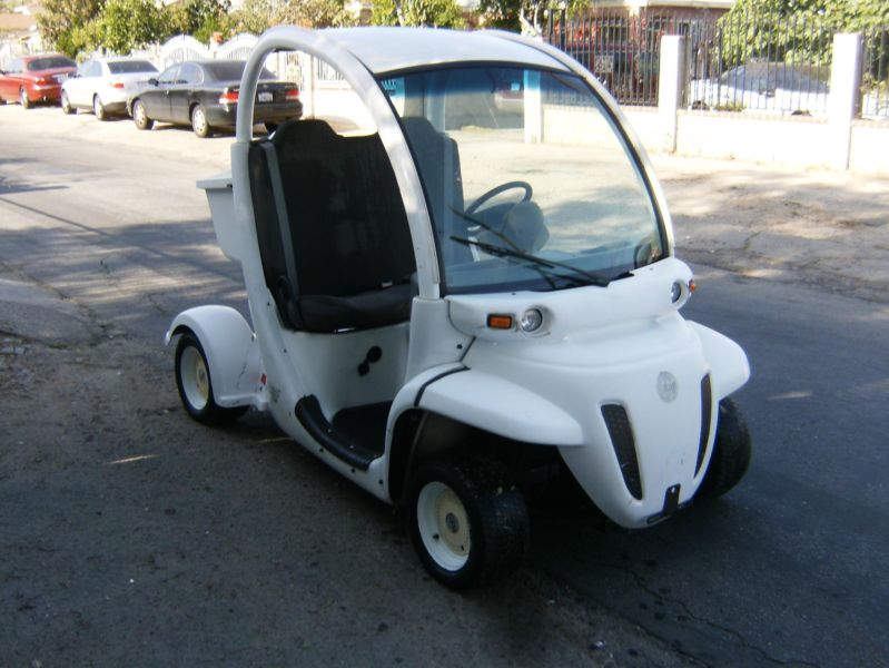 Utility Cart GEM Electric Car Golf Cart with charger