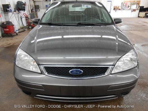 2006 FORD FOCUS 4 DOOR SEDAN