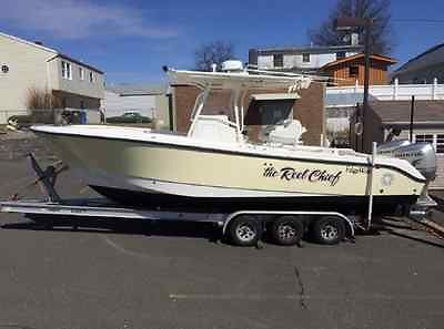 2004 EDGEWATER 265 CENTER CONSOLE