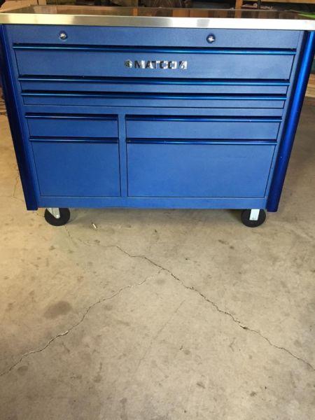 Matco 6 Series 7 Drawer Tool Box $2500 or Trade