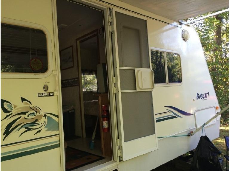 2001 keystone bobcat travel trailer rvs for sale. Black Bedroom Furniture Sets. Home Design Ideas