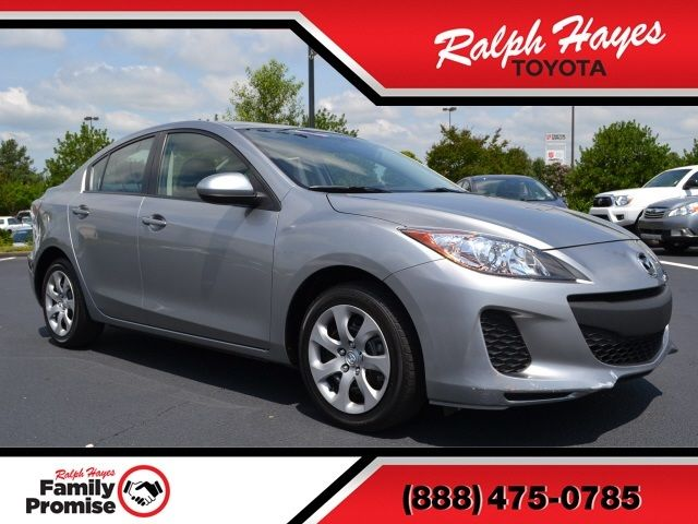 Mazda : Mazda3 i i 2.0L CD 4 Speakers AM/FM radio AM/FM/CD/MP3 Compatible Audio System ABS brakes