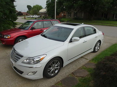 Hyundai : Genesis 5.0 Sedan 4-Door 2012 hyundai genesis 5.0 loaded rare white satin pearl over cashmere leather