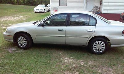 Chevrolet : Malibu 4 door automatic 160 000 mi clean inside and out great running car