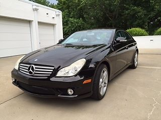 Mercedes-Benz : 500-Series CLS500 1 owner black exterior and black leather interior mid size like new and clean