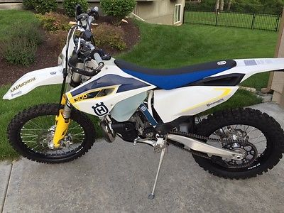Husqvarna : TE 300 2015 husqvarna te 300 two stroke dirt bike