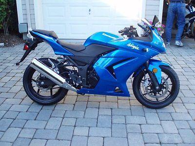 Kawasaki : Ninja 2008 blue kawasaki ninja 250 cc