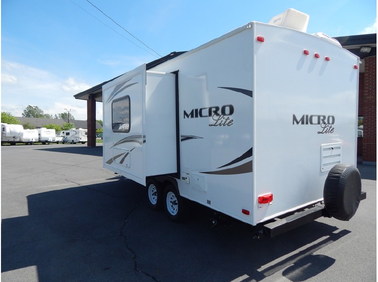 2014 Forest River Micro Lite 21FBRS