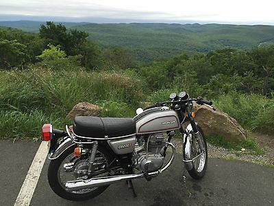 Honda : CB Honda CB200t