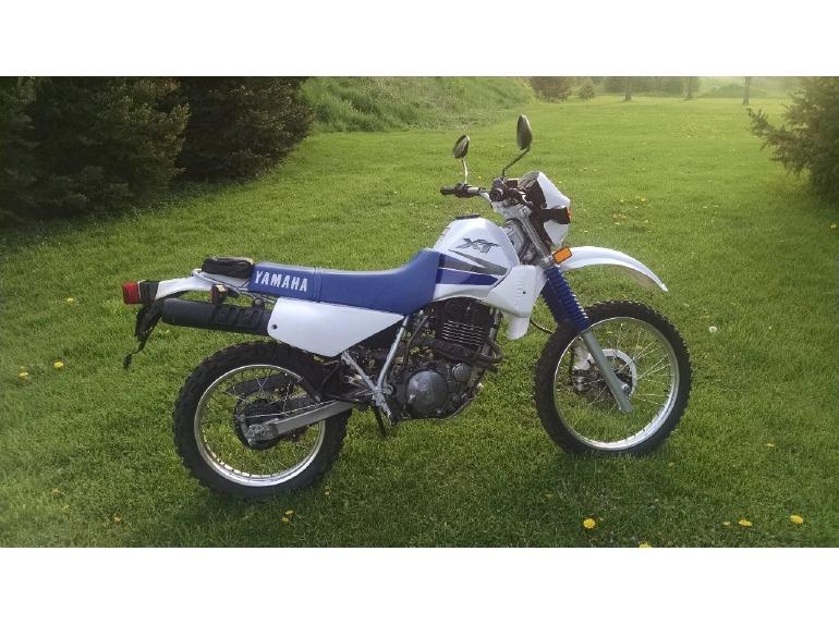 2001 Yamaha Xt350