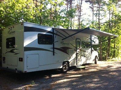 Coachmen Freelander 30 QB RV 2011 for sale 14500 km immaculate, non smoker