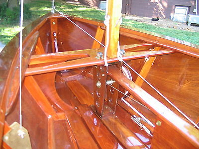 Rhodes Bantam #1381 Sailboat, 14.5 ft. Mahogany. Restored 2008