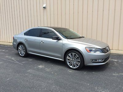 Volkswagen : Passat SE Sedan 4-Door 2014 jetta se sport 1.8 turbo gas clean 19 in tires brand new only 4 300 miles