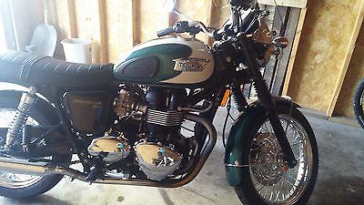 Triumph : Bonneville 2010 t 100