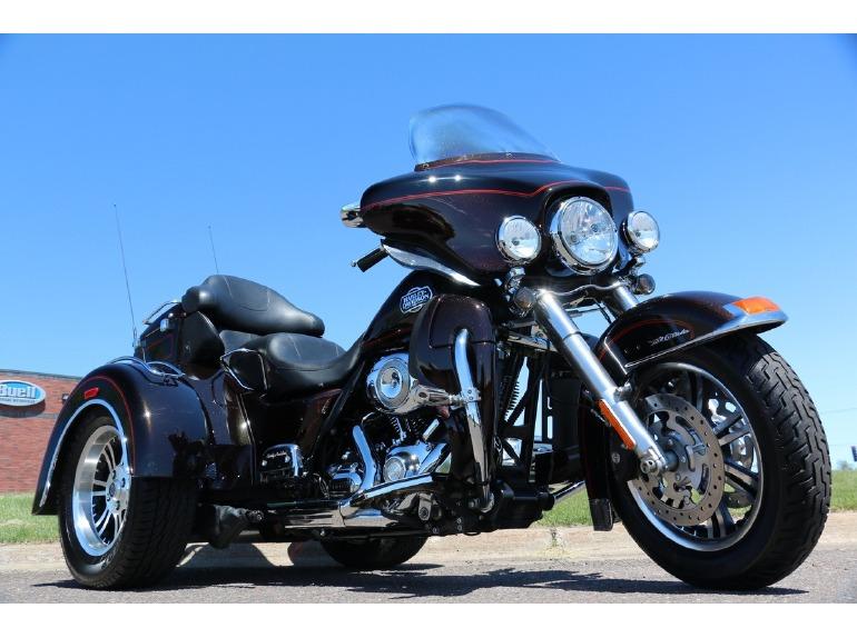 2011 Harley-Davidson FLHTCUTG Tri-Glide Ultra Classic