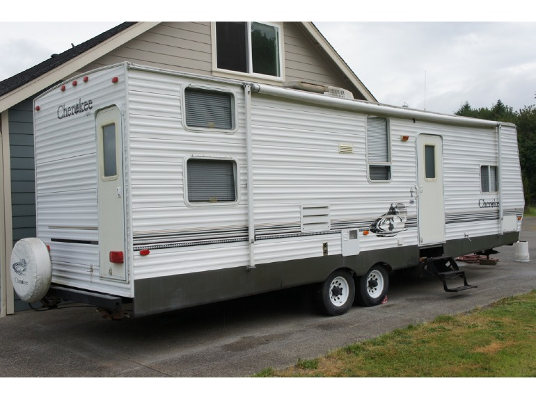 2005 Forest River Cherokee Grey Wolf 29BHKS