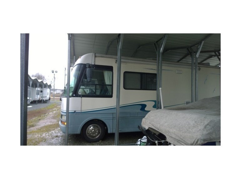 1999 National Sea View 8310