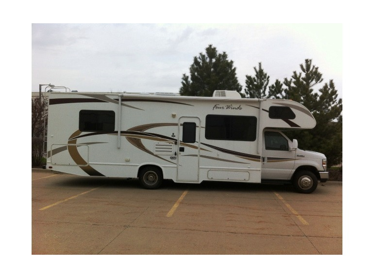 2012 Thor Motor Coach Four Winds 28A