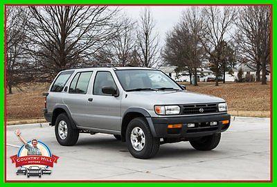 Nissan : Pathfinder SE 1999 se suv 3.3 l v 6 12 v 4 wd four wheel drive 4 x 4