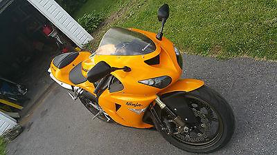 Kawasaki : Ninja Kawasaki Ninja ZX10R 2006 Motorcycle 9100 Miles Clean