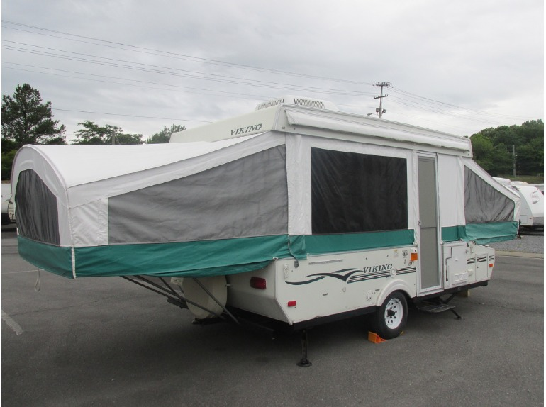 2004 Viking Legend 2465ST