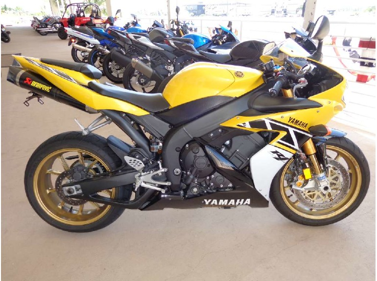 Yamaha yzf r1 le motorcycles for sale for 2006 yamaha r1