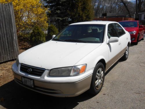 Toyota : Camry LE 2001 toyota camry one owner white tan two tone le 253 k local pickup warwick ri