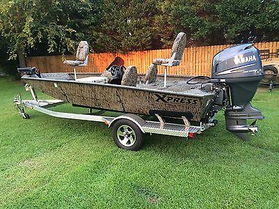 xpress H17PFC hyper lift boat  camo