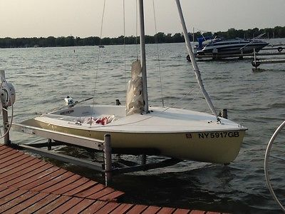 15' Mutineer Sailboat with trailer and motor