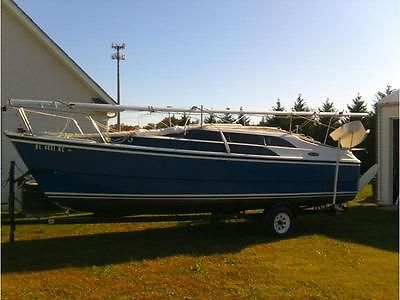 2006 26' Macgregor 26m includes trailer and 50HP Honda outboard w/ low hours
