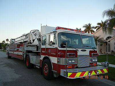 1988 Pierce Dash 105 aerial hook and ladder fire truck