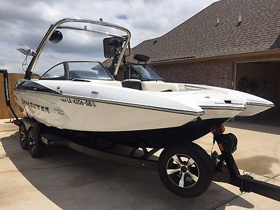 2014 Malibu 22MXZ WakeSetter Like new garage kept 57 hours Wet Sounds