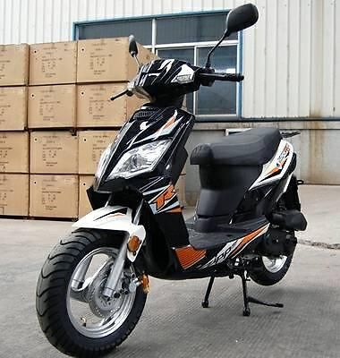 2014 TaoTao Thunder 50 49cc Gas Moped Scooter