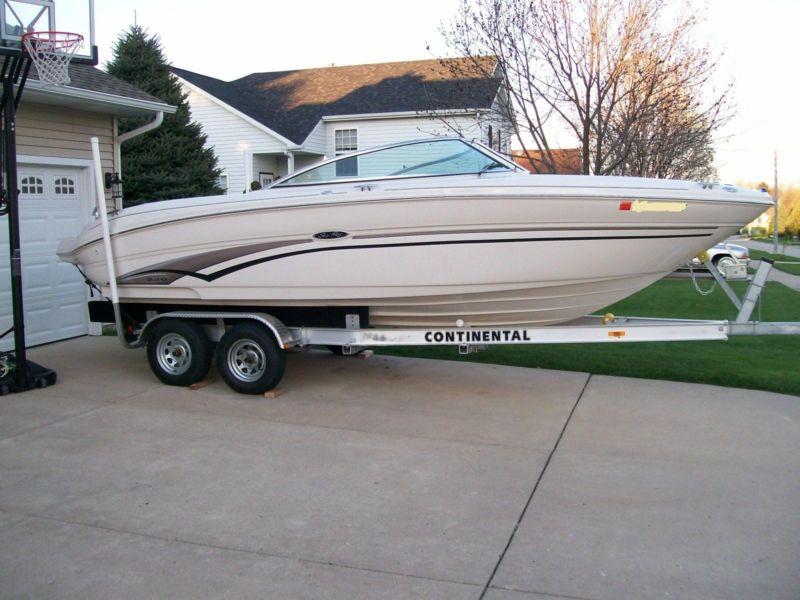 2003 Sea Ray 220 Select Bow Rider 23 ft.