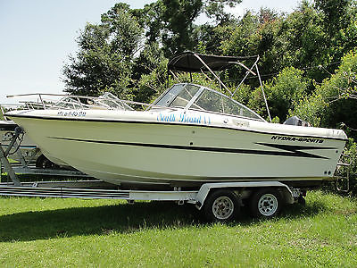 Hydra Sport 2000 Dual Console 20 ft Boat w/ Yamaha 250 hp Outboard