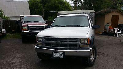 Chevrolet : C/K Pickup 2500 2 door 2000 lunch truck