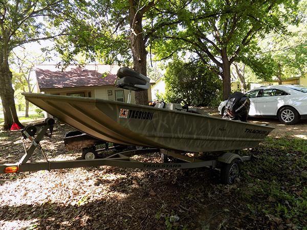 2010 14' Bass Tracker Pro Bass Boat