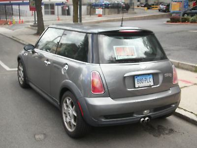 Mini : Cooper S S 2004 mini cooper s well maintained with 4 new run flat tires 97 100 miles