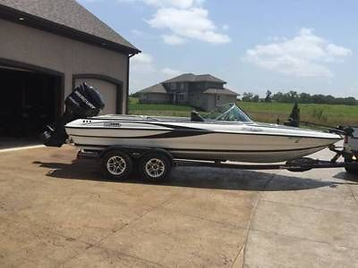 2010 TRITON 220 ESCAPE FISH AND SKI