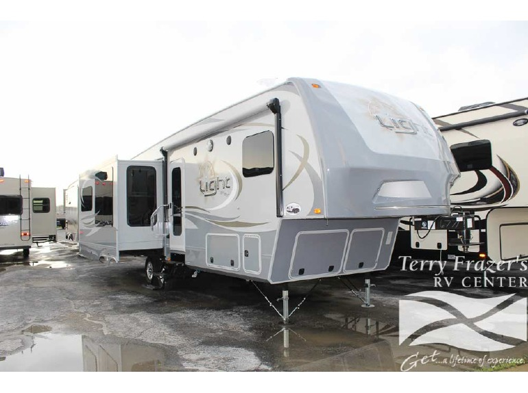 2015 Highland Ridge Open Range Light 319RLS