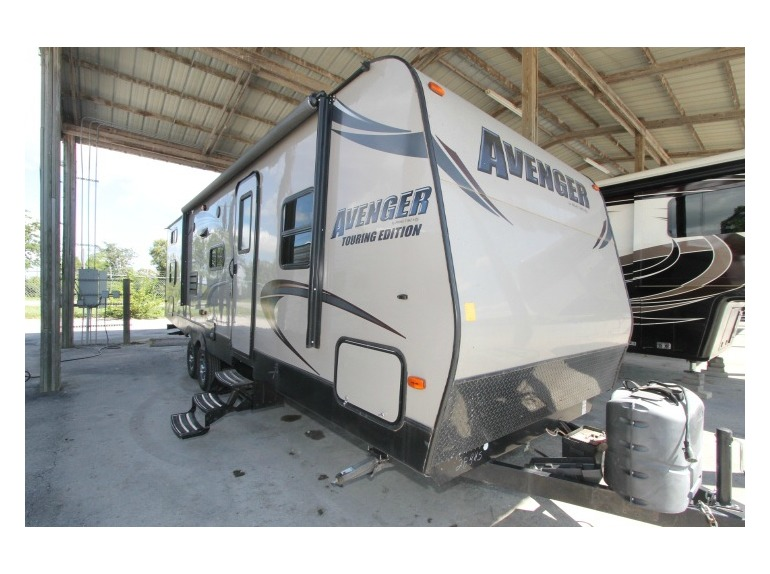 Who Makes Prime Time Travel Trailers