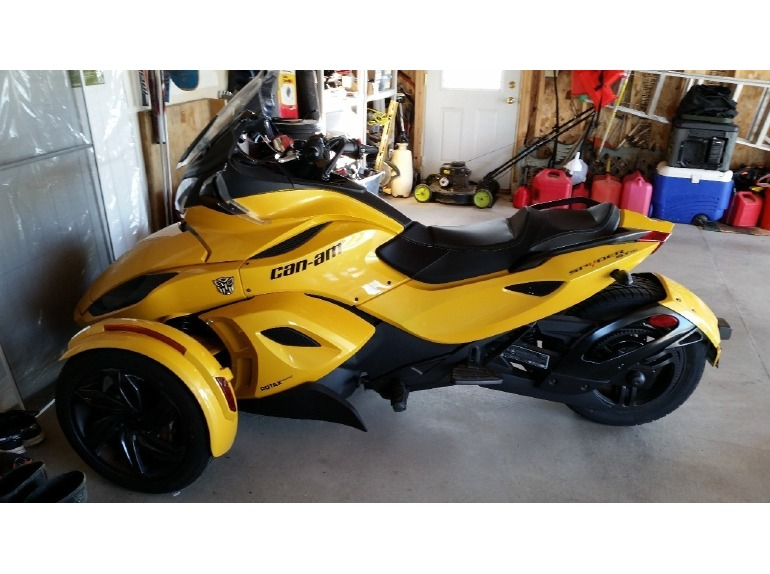 can am spyder st s motorcycles for sale in wisconsin. Black Bedroom Furniture Sets. Home Design Ideas